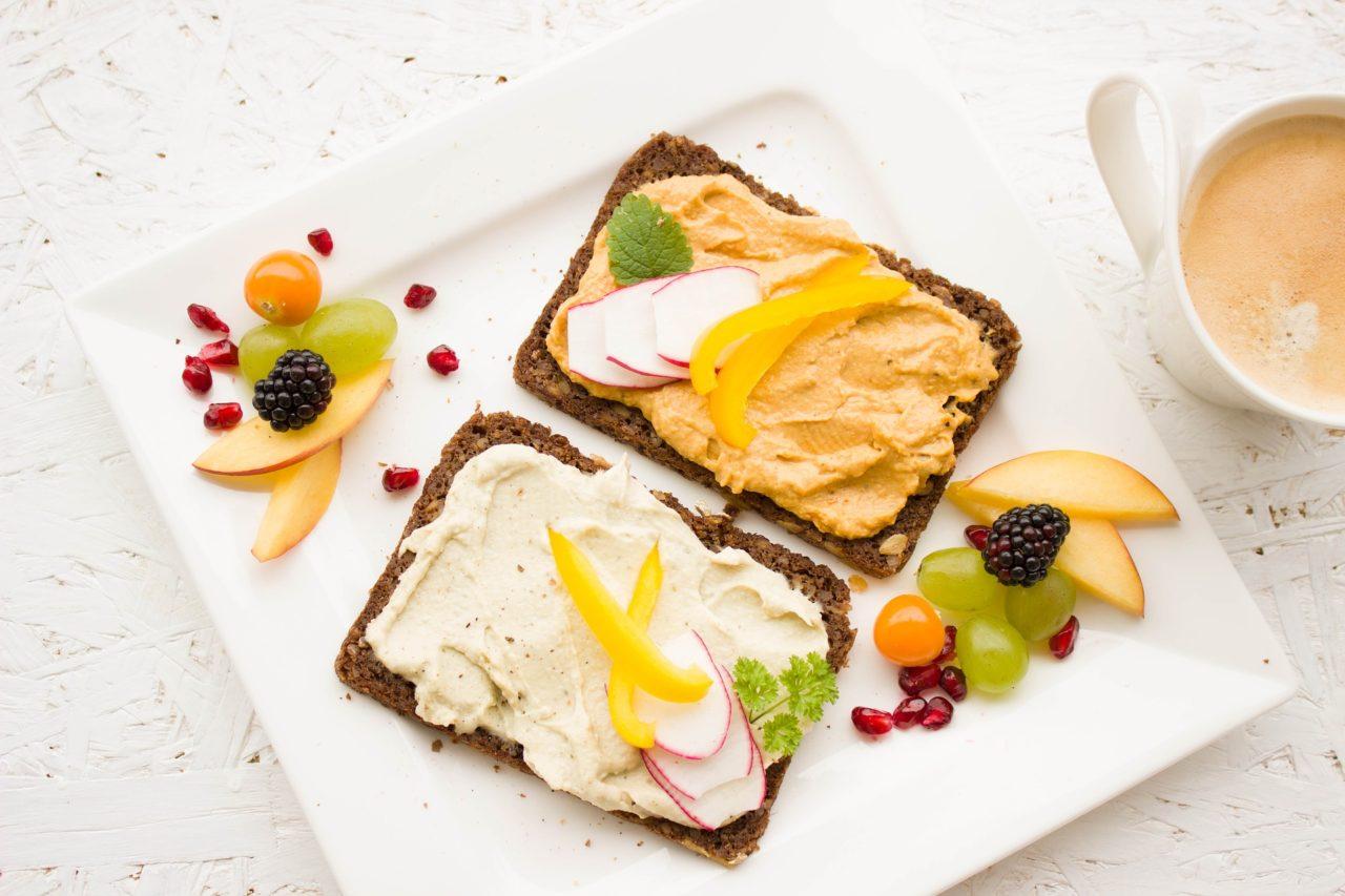 breakfast-1804457_1920-1280x853.jpg